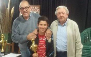 Serrano y Saldaño ganaron los torneos por categoría en el Círculo de Escobar