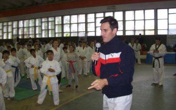 Crismanich mostró su talento y humildad ante cientos de chicos, en Escobar