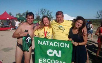 Nadadores de Escobar corrieron los 8k de aguas abiertas en San Nicolás