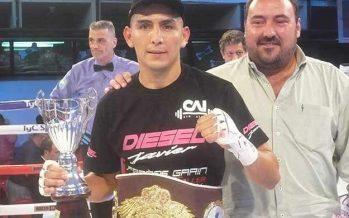 Germán Benítez le ganó a Coggi y es nuevo campeón latino superligero de la OMB