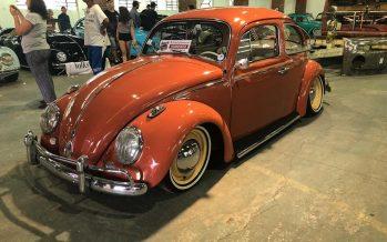 Miles de personas participaron de la exposición internacional de autos antiguos