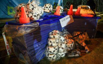 Sujarchuk entregó materiales a dos clubes y supervisó el playón deportivo de Matheu