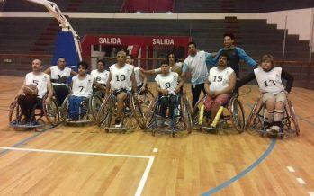Con dos triunfos, el equipo de Escobar jugó básquet adaptado en San Juan