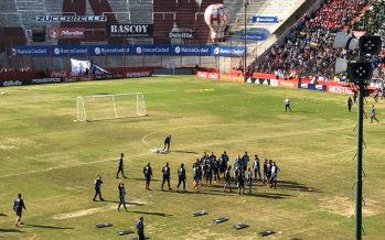 200 jóvenes del partido de Escobar presenciaron la práctica de la Selección
