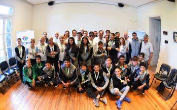 La Municipalidad reconoció a los deportistas de los Evita y Bonaerenses