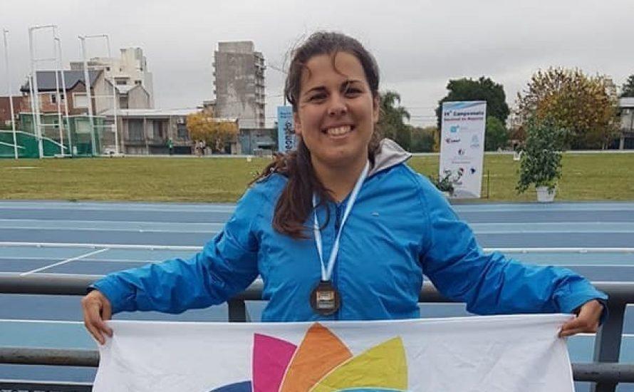 Melina Abad fue medalla de bronce en el Campeonato Nacional de Atletismo